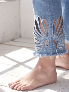 Cut out ankle details for denim