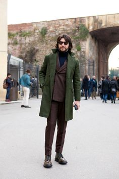 "PITTI UOMO 85 SNAP by BEAMS Nicola Ricci, Sciamat Photo from Tatsuya Nakamura ""ELEMENTS OF STYLE"""