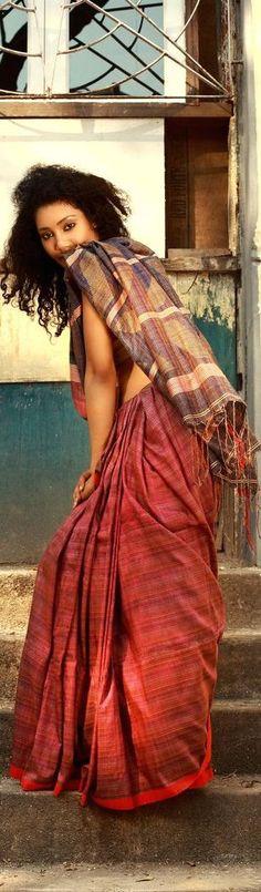 Bengal Textile Phulia handloom saree - Sienna Collection 2011 - Photography by Kunal Basu.
