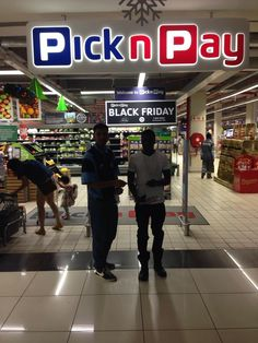 We had such a fantastic time celebrating #BlackFriday2016 with Pick n Pay last Friday! Did you book your tickets? The #holiday is almost here!
