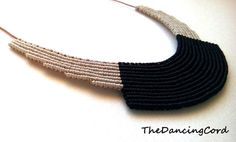 Macrame necklace with leather cord - Black and ivory - Geometric - Minimalist…