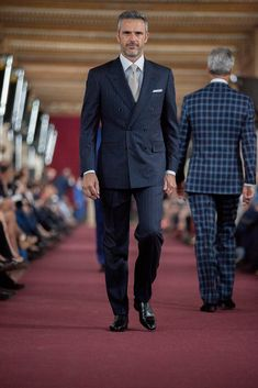 Stefano Ricci Spring Summer Men 2013 - Uffizi Gallery Runway talian Luxury