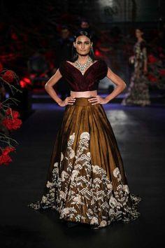Indian Wedding Outfits, Bridal Outfits, Indian Outfits, Indian Clothes, Party Wear Lehenga, Bridal Lehenga Choli, Manish Malhotra Bridal, Manish Malhotra Lehenga, Lehnga Dress