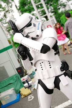Ever think of building your very own Stormtrooper costume?  Well, think twice!  Danny Choo's web site shows you how much time and money you'll need to complete your costume: http://www.dannychoo.com/post/en/1659/Stormtrooper+Armor.html