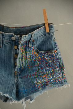 Vintage Jeans, Boho Vintage, Levis 501, Grunge Jeans, Hipster Jeans, Boyfriend Jeans, Above The Knee Shorts, Stylish Winter Outfits, Diy Shorts