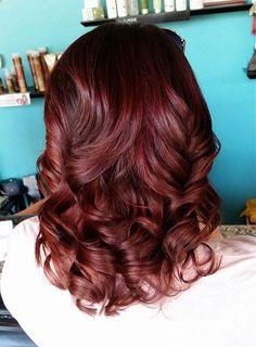 chocolat couleur de cheveux de la cerise