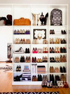 im pretty much in love with this. Book shelves. shoes on display. closet organization. diy dream closet.