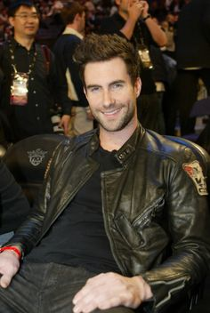 seriously too cute! #levine