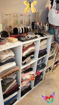 11 Hacks For Making Your IKEA Furniture A Little Less...IKEA-Y 11 Hacks For Making Your IKEA Furniture A Little Less...IKEA-Y<br> Make that BEKVÄM a little less böring. Closet Bedroom, Master Closet, Diy Bedroom, Trendy Bedroom, Ikea Closet, Closet Dresser, Modern Bedroom, Vanity In Closet, Spare Room Closet