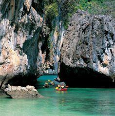 Canoeing Hong Island, Krabi | EZY-Go.com