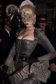Belle Jolie Blog: Masquerade Ball