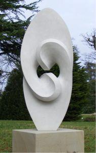 What a beautiful sculpture! Art Sculpture, Pottery Sculpture, Outdoor Sculpture, Stone Sculpture, Plastic Art, Art For Art Sake, Stone Carving, Stone Art, Modern Art