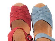 Gentle Souls Women's Fina Lace up Flat Sandal