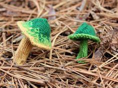 leigh martin, fungi, fungus, magic mushrooms, nature, conservation, biology, botany, knitting, crafts, DIY, yarn, fabric art