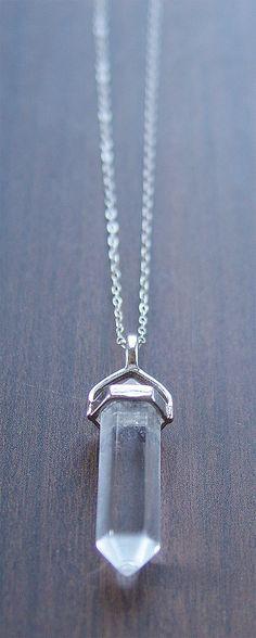 Punto de cuarzo collar de plata OOAK por friedasophie en Etsy