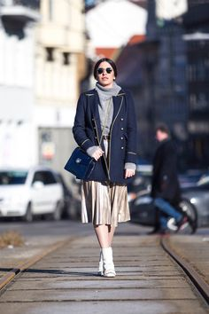 navy military coat style