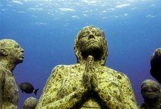 Amazing underwater museum in Mexico