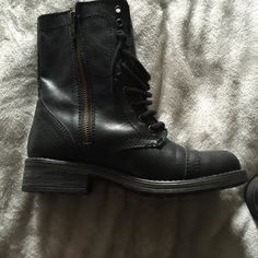 Steve Madden combat boots Black 71/2 combat boots super cute to narrow for me all leather paid 90 asking 60 worn maybe twice no signs of wear or tare ... Steve Madden Shoes Ankle Boots & Booties