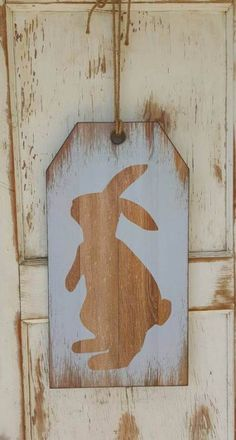 Easter Bunny wall hanger, Easter Bunny front door hanger, Happy Easter bunny wall decor, Spring decor by FarmHouseFloraLs on Etsy Happy Easter Bunny, Hoppy Easter, Bunny Bunny, Bunnies, Easter Projects, Easter Crafts, Easter Decor, Diy Ostern, Christmas Ornaments To Make