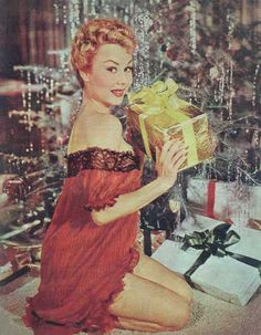 Christmas with Mitzi Gaynor Vintage Christmas Photos, Vintage Holiday, Merry Christmas To All, Retro Christmas, Merry Xmas, Christmas Christmas, Vintage Hollywood, Classic Hollywood, Pin Ups Vintage