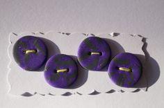4 Knöpfe in lila/grau von Selbstgemachtes 2 Froilleins Werkstatt auf DaWanda.com