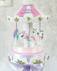 Made this Flowery Unicorn Carousel for a special lady  Eva Maria @juliafrecateanu  @frecateanupaula  - facebook.com/islamlog -