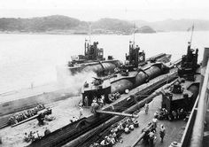 3 captured I-400 class submarine, prototype aircraft carriers in Tokyo Bay, 1945. This photo was taken just days after the surrender of Japan...