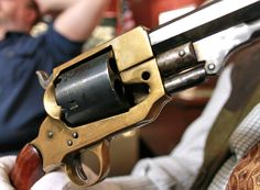 Finding a fake Spiller & Burr revolver at the NRA Museum in Fairfax, Virginia #NRA #CivilWar #revolver
