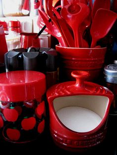 Le creuset salt by karolines_retro, via Flickr