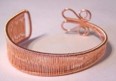 DIY Bijoux Wire wrapping tips & know hows. Not a tute for this bracelet but much good info.