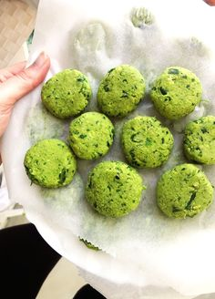 Simple Spinach Falafels {Vegan} / Feel Good Kitchen