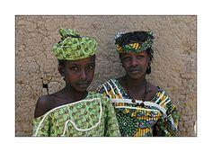 Mali: un regard... (claude gourlay) Tags: africa portrait woman tattoo saba tattoos mali tatoo tatuaje afrique peul fleuveniger colorphotoaward panoramafotografico claudegourlay tchoodi