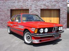 Red BMW e21 Alpina