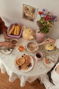 Urban Outfitters Home, Keramik Design, V Cute, Think Food, Aesthetic Food, Cute Food, Tea Party, Sweet Home, Room Decor