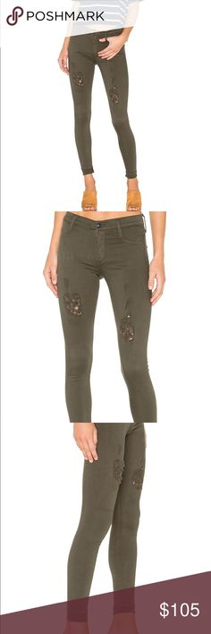 James Jeans Twiggy Dancer James Jeans Twiggy Dancer Skinny in Deep Army Distressed.  Yoga inspired denim! Fabric Contents: 94/4/2% Cotton/Polyester/Lycra; 9.5 oz. James Jeans Jeans Skinny