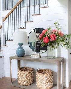 12 Chic Console Table Decorating Ideas to Freshen Up your Decor - The Trending House Boho Living Room, Home And Living, Living Room Decor, Foyer Decorating, Entryway Decor, Entrance Table Decor, Entryway Ideas, Front Entry Decor, Entryway Stairs