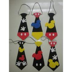 Corbatas De Mickey En Foami Cotillones - Bs. 850,00