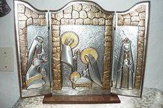 repujado de nacimiento en aluminio Diy Nativity, Christmas Nativity Scene, Christmas Deco, Nativity Sets, Tin Foil Art, Aluminum Foil Art, Tin Can Art, Recycling, Metal Embossing