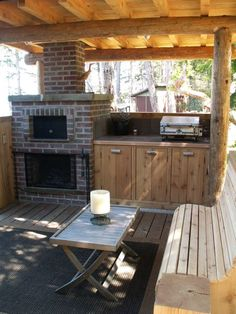 Pizza oven & cooking station / cozy, covered outdoor sitting spot