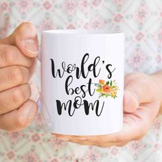 """Christmas gifts for mom """"World's best mom"""" coffee mug, mom birthday gifts, mom tea cup, gift idea, mothers day gifts, mom daughter MU390 by artRuss on Etsy"""