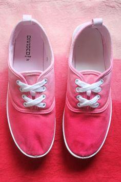 Craft Lover DIY: Cómo teñir Zapatillas para este verano!!! ~ Sara's Code: Blog de Costura + DIY