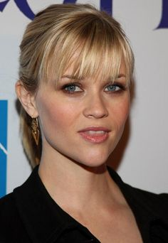 Medium Hairstyles With Bangs For Women 2013 ~ http://wowhairstyle.com/medium-hairstyles-with-bangs/