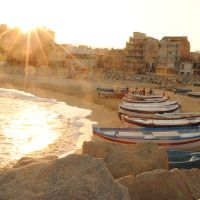 How to plan your next travel in a foreign country Travel Around The World, Around The Worlds, Amazing Places, The Good Place, Spain, How To Plan, Sunset, Country, Happy