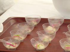 Escuela de hostelería de Tapia de Casariego preparando tapas a base de ostras. Festival de la Ostra de Castropol 2014. #Ostras #oyster #FestivaldelaostraCastropol