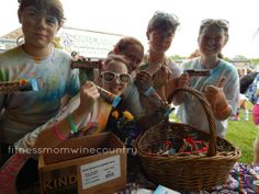 Bringing The Color Run To Our School | http://fitnessmomwinecountry.com/2014/04/bringing-the-color-run-to-our-school/