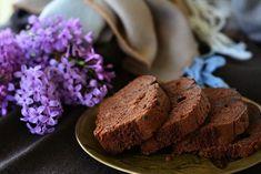 Food photography, chocolate cake, lilacs