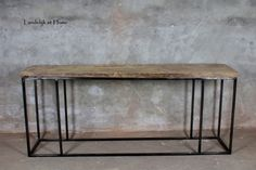 Stoere unieke oude eiken sidetable met stalen frame