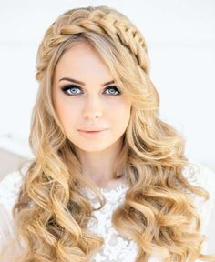 Top 10 Latest Hairstyle Trends for Women 2015 ... Yellow-Hairstyles-for-Women-2015-34 └▶ └▶ http://www.topteny.com/?p=5193