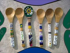 cucharitas pintadas Spoon Art, Wood Spoon, Wood Burning Patterns, Wood Burning Art, Wooden Spoon Crafts, Painted Spoons, Wooden Painting, Wooden People, New Crafts