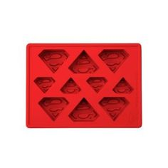 Comics fans can get ready for their next party with the Superman Ice Cube Tray! This silicone tray makes perfect cubes of the Man of Steel's familiar S-shield logo! Superman Birthday Party, Superhero Party, Silicone Ice Trays, Silicone Molds, Logo Superman, Batman Vs, Homemade Baby Foods, Homemade Toys, Ice Ice Baby